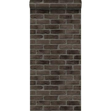 tapet murstensvæg mørkebrunt