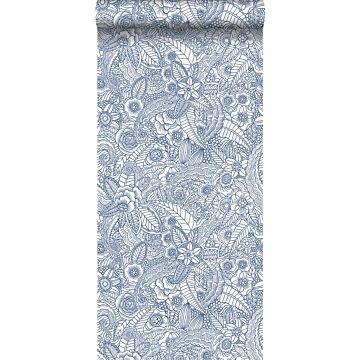 tapet blomstertegning blåt på hvidt